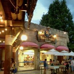 Photo taken at 에버랜드 Burger Cafe America by Ben K. on 8/7/2012