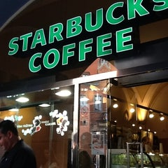 Photo taken at Starbucks by Vladislav on 8/24/2012
