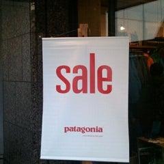 Photo taken at patagonia パタゴニア 大阪 by taroパパ on 2/18/2012