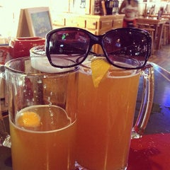 Photo taken at Hooters of Fremont by Donna D. on 8/9/2012