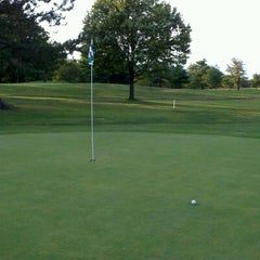 Photo taken at Green Knoll Golf Course by Paul L. on 7/10/2012