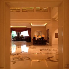 Photo taken at The St. Regis Singapore by Sooyeon K. on 4/29/2012