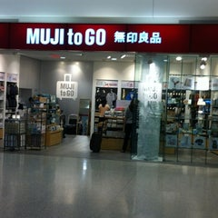 Photo taken at MUJI to Go by Tom V. on 5/1/2012