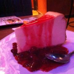 Photo taken at Boston's Restaurant & Sports Bar by Dan F. on 8/23/2012