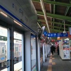 Photo taken at 구로역 (Guro Stn.) by Jeanne Jihyun K. on 2/16/2012