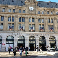 Photo taken at Gare SNCF de Paris Saint-Lazare by Dean O. on 4/22/2012
