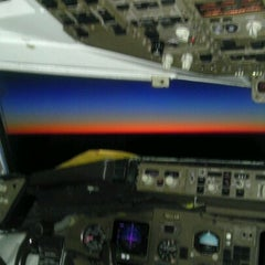 Photo taken at Gate 30 by ✈--isaak--✈ on 7/19/2012