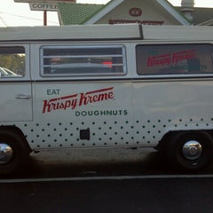 Photo taken at Krispy Kreme Doughnuts by Bobby B. on 7/9/2012