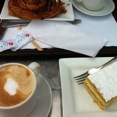 Photo taken at Cremino by Nesrine T. on 8/11/2012