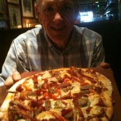 Photo taken at Buca di Beppo Italian Restaurant by Jerry T. on 7/24/2012