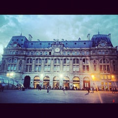 Photo taken at Gare SNCF de Paris Saint-Lazare by Djallal B. on 9/10/2012