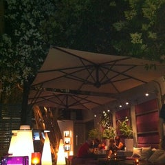 Photo taken at Baroque - Le Bistrot by Jelena G. on 6/21/2012