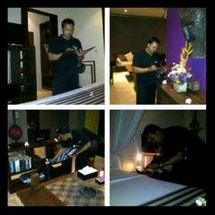 Photo taken at Di Astana Villa Bali by Wahyu M. on 8/10/2012