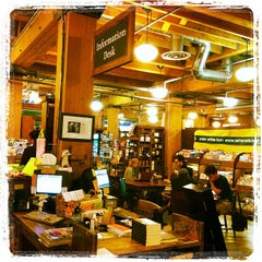 Photo taken at Tattered Cover Bookstore by Yeipí J. on 6/2/2012