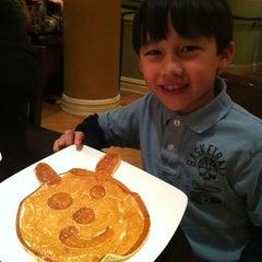 Photo taken at M ST. Café by Grace C. on 3/18/2012