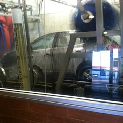Photo taken at Magic Touch Auto Spa by Marissa L.🌟 on 3/30/2012