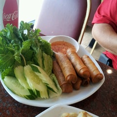 Photo taken at Bangkok Chef by Linda L. on 8/7/2012