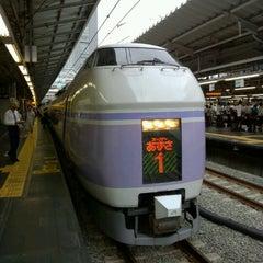 Photo taken at 新宿駅 (Shinjuku Sta.) by Akira I. on 8/9/2012