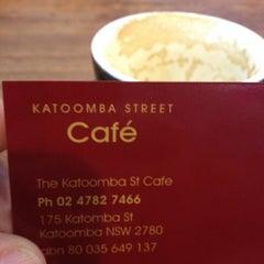 Photo taken at Katoomba St Cafe by Nigel M. on 2/18/2012