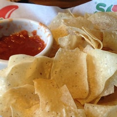 Photo taken at Chili's Grill & Bar by Joe M. on 4/18/2012