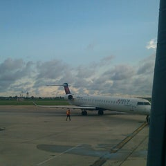 Photo taken at Gate C15 by Vee on 8/20/2012