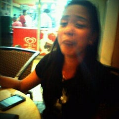 Photo taken at Bo's Coffee by Darl R. on 6/24/2012
