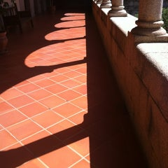 Photo taken at Presidencia - Junta de Extremadura by Maica G. on 5/15/2012