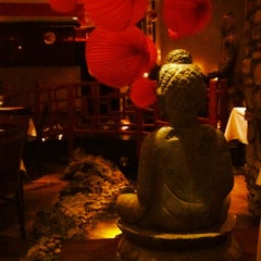 Photo taken at Wang's In the Desert by Robbie A. on 5/31/2012