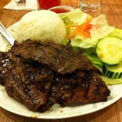 Photo taken at Bangkok Noodles by Ellizabeth C. on 5/25/2012