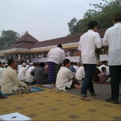 Photo taken at Alun-Alun Kota Serang by Ivan a. on 8/18/2012