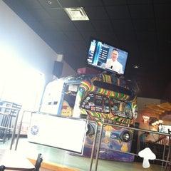 Photo taken at Mellow Mushroom by Bobby B. on 8/31/2012