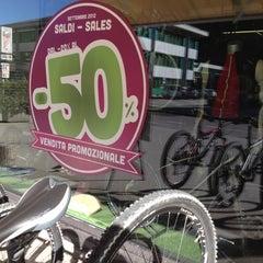 Photo taken at mUwi bike goodies by Davide A. on 8/28/2012