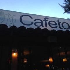 Photo taken at Jardín Cafeto by TRIPULANTE G. on 7/18/2012