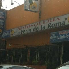 Foto tomada en La Perla de la Roma por Luneta G. el 3/10/2012