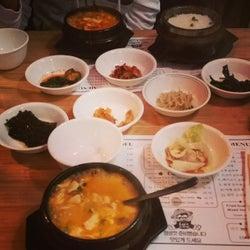 Lee's Tofu corkage fee