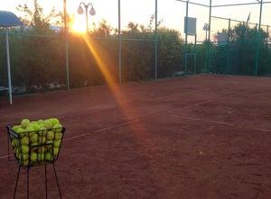 Теннисный корт Аквамарин