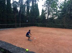 Теннисные корты в Приморском парке