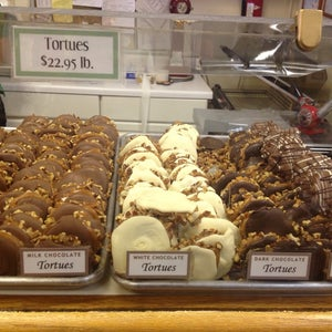 The 15 Best Places for Pralines in New Orleans