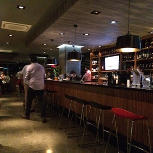 D A K O T A  Steakhouse & Bar