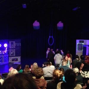 The Echo Do Jump Theatre