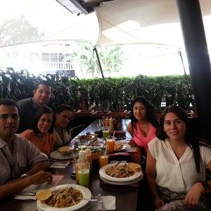 J & C Delicias