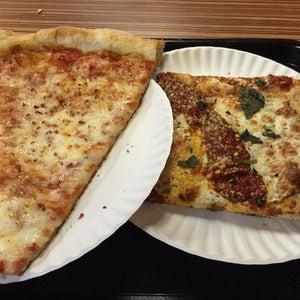 Photo of Lenny's Pizzeria