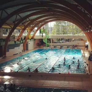 Lists featuring piscine d 39 ixelles zwembad elsene for Piscine ixelles