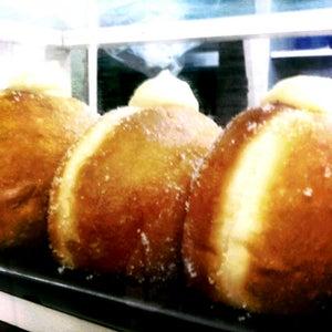 Panaderia y Pasteleria Aida