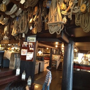 D/S Louise Restaurant & Bar