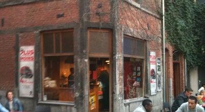 Photo of Fast Food Restaurant Cat's Corner at Pl. Chanoine Descamps 10, Namur 5000, Belgium