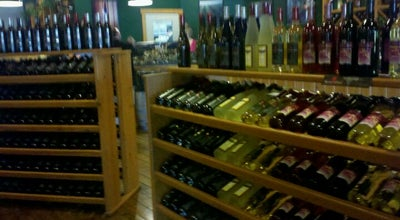 Photo of Winery Raven's Glenn Winery at 56183 County Road 143, West Lafayette, OH 43845, United States