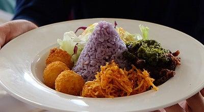 Photo of Vegetarian / Vegan Restaurant White House Vegetarian at Ruko Fluorite No. 78, Gading Serpong, Indonesia
