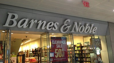 Photo of Bookstore Barnes & Noble at 160 E 54th St, New York, NY 10022