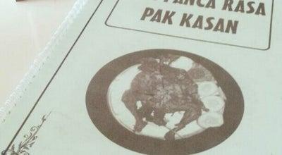 Photo of Fried Chicken Joint Warung Ayam Goreng Pak Kasan at Jl.moch.sahar, Batu, Indonesia